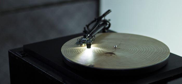 Tältä kuulostaa puiden vuosirenkaat levysoittimessa