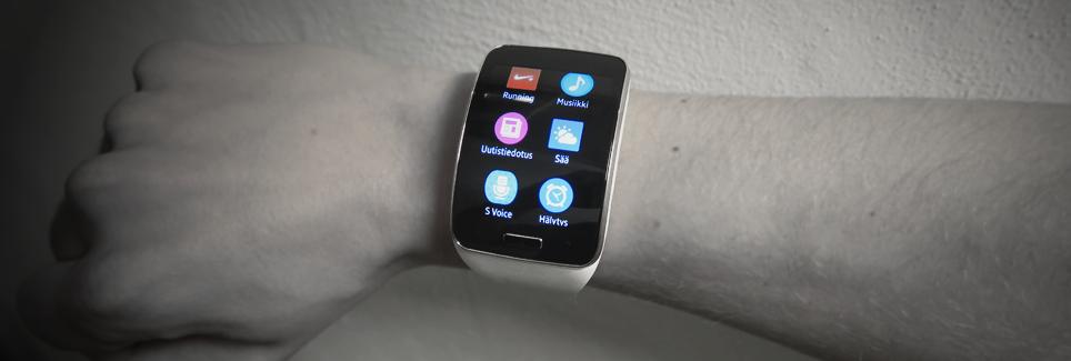 Testissä Samsung Gear S: Älykello joka ei tarvitse kumppanikseen puhelinta