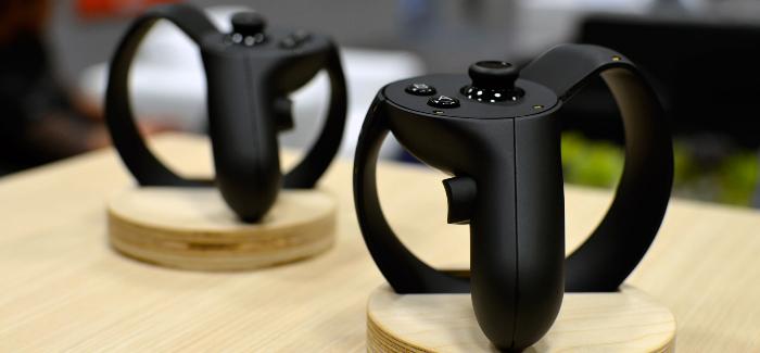Oculus Touch ohjain viivästyy vuoden toiselle puoliskolle