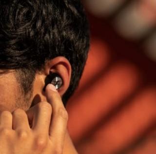 Sennheiser esitteli ensimmäiset langattomat kuulokkeensa